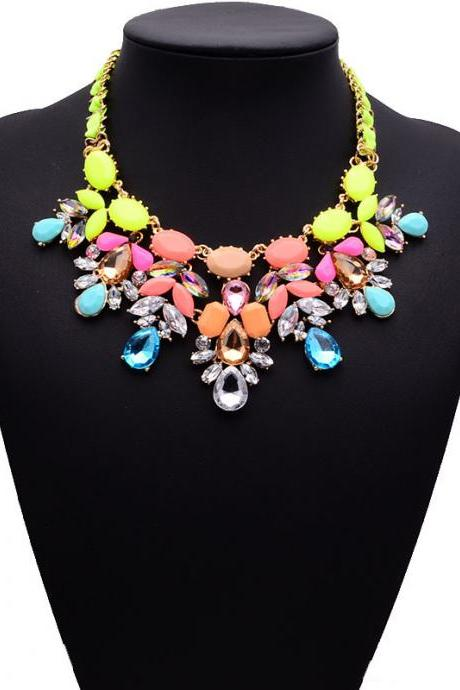 Women's Christmas Valentine's Day Jewelry Gift Retro Ribbon Crystal Gem Flower Statement Party Necklace